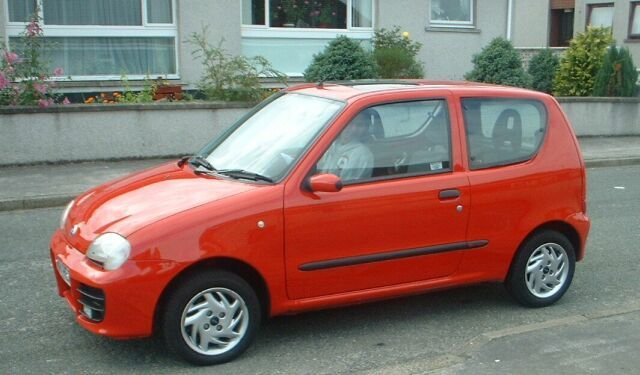 Fiat Seicento Sporting Red a Fiat Seicento Sporting